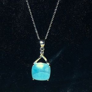 NWOT LARIMAR Square pendant necklace